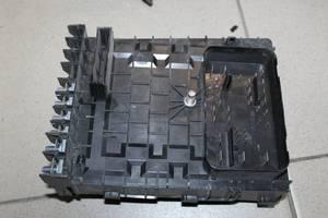 Блок запобіжників для Volkswagen/Skoda/Audi 1K0937125D
