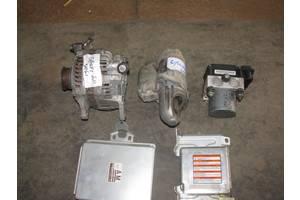 Блоки управления двигателем Subaru Forester
