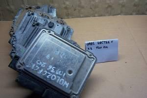 б/у Блоки управления двигателем Vauxhall Vectra