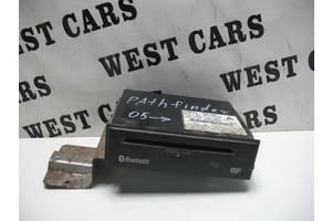 б/у Радио и аудиооборудование/динамики Nissan Pathfinder