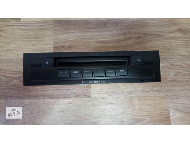 Ченджер компакт дисков Audi Q7 \ Ауди Кю7 4L0035111 4L0910111A- объявление о продаже  в Ровно