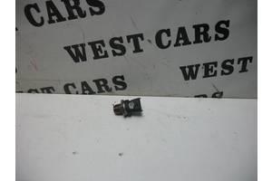 б/в Датчики тиску палива в рейці Opel Combo