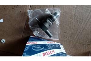 б/в Датчики тиску палива в рейці Audi A4