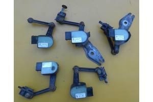 Блоки управления пневмоподвеской Volkswagen Touareg