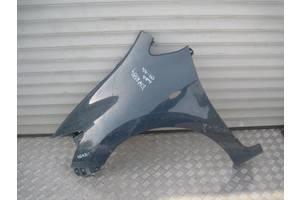 б/у Крылья передние Toyota Auris