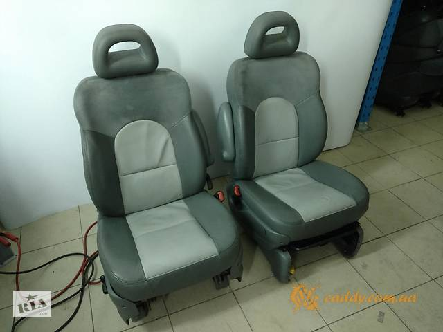 бу Dodge Ram Van - передние кожаные сиденья в Киеве