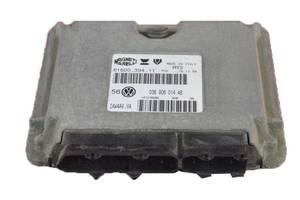 б/у Блоки управления двигателем Volkswagen Golf