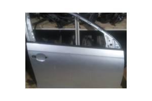 Двери передние Volkswagen Golf V