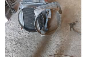 дифузор радіатора Mercedes MB 100 2.4 дизель