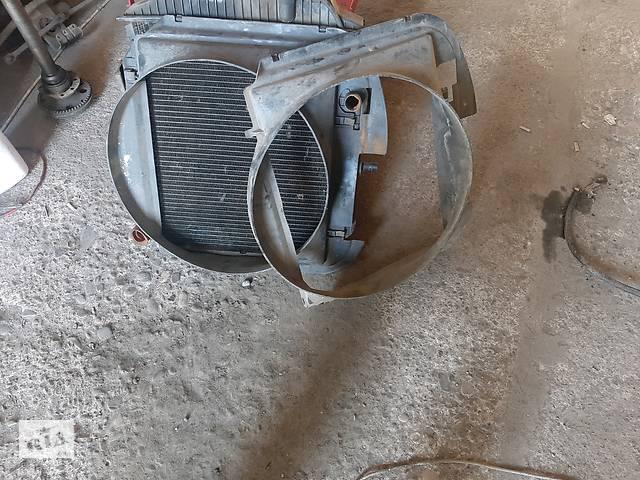 купить бу дифузор радіатора Mercedes MB 100 2.4 дизель в Тлумаче