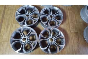 Диски колеса BMW 5 X3 X5 X6 e60 e83 F25 E70 F15 E71 R18 607 стиль