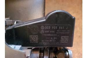 Електронний модуль рульової колонки (Блокіратор рульового управління) 3C0905861J Volkswagen Passat B7
