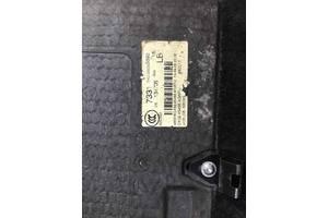 Напольное покрытие багажника, полка багажника