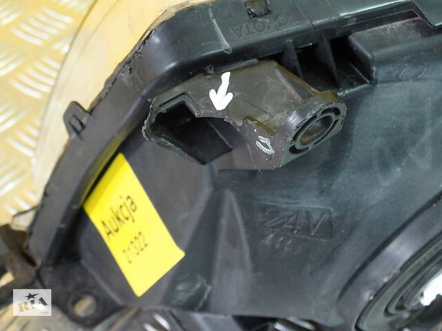 продам Фара для Toyota Land Cruiser J100 1998-2007 бу в Киеве