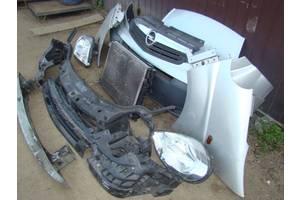 б/в фари Opel Vivaro