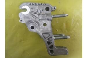 Ford Kuga Mk2 2.0 TDCI 2012-2019 кронштейн двигателя DS7Q6030AF