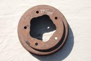 Тормозной барабан для Ford 1990рв на форд транзит 1989рв цена 450гр на старую модель спереди пружины не рессоры гарантия