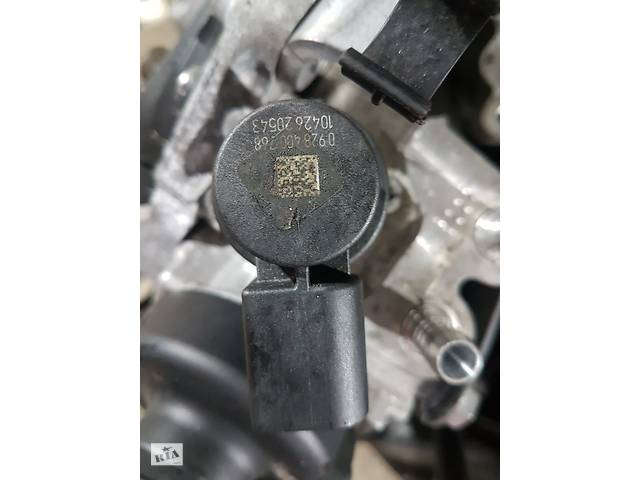 купить бу Клапан регулировки давления топлива 0928400768 Volkswagen Passat B7 2010-2014 в Черкассах