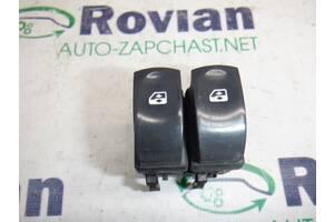 Кнопка ЭСП левая Renault CLIO 3 2005-2012 (Рено Клио 3), БУ-185817