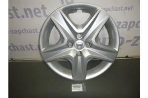 б/в Ковпаки на диск Renault Sandero