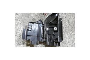 Корпус клемы для Audi A6 (C6) 2005-2011 б/у