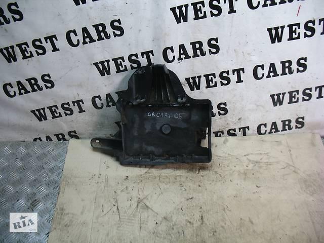 купить бу Б/У 1998 - 2005 Grand Cherokee Корпус(підставка)під акумулятор. Вперед за покупками! в Луцьку