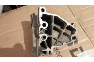 Кронштейн двигателя для ВАЗ 2110