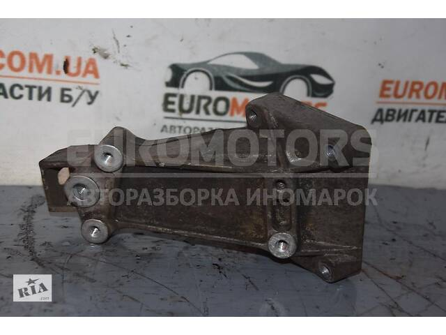 продам Кронштейн двигателя правый Mercedes Sprinter 2.7cdi (901/905) 1995-2006 72059 A6122230004 бу в Киеве
