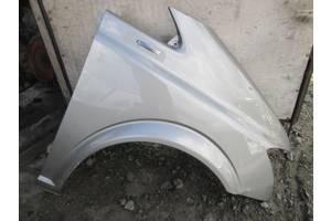 б/в крила передні Mercedes Viano