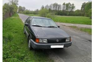 б/у Крылья передние Volkswagen Passat B3