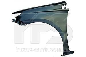 Новые Крылья передние Toyota Auris