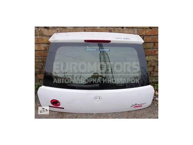 продам Карта крышки багажника Fiat Grande Punto 2005> бу в Киеве