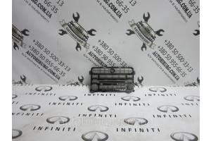 б/у Автомагнитолы Infiniti QX56