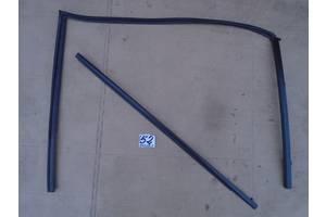 б/у Молдинги двери Mazda 5