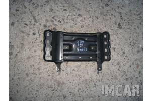 Подушки АКПП / КПП Mercedes C-Class