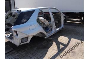 Стойки кузова средние Mercedes ML-Class