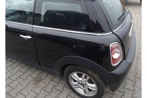 чверті автомобіля MINI Cooper