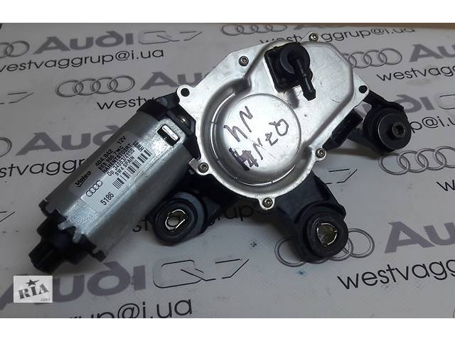 бу Моторчик стеклоочистителя дворников 8E9955711С, 8R0955711С для Audi Q7 2007-2015 в Ровно