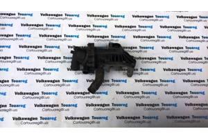 Насос охлаждения (помпа) 4.2 FSI V8 BAR Volkswagen Touareg Туарег Таурег \ Audi Q7