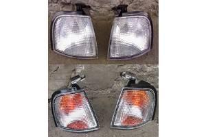 Нові Поворотники / повторювачі повороту Nissan Primera