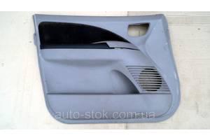 Двери передние Mitsubishi Grandis