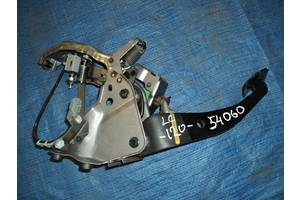 Педаль тормоза TOYOTA LAND CRUISER 120 02-09