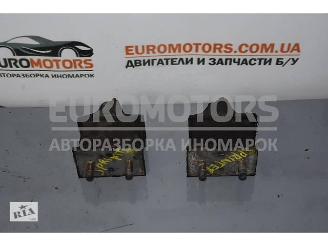 продам Опора двигателя Mercedes Sprinter (901/905) 1995-2006 9012412513 бу в Киеве