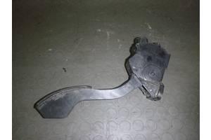 б/у Педали газа Toyota Rav 4