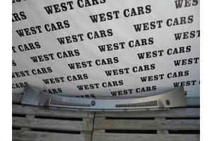 б/у Пластик под лобовое стекло Nissan Patrol
