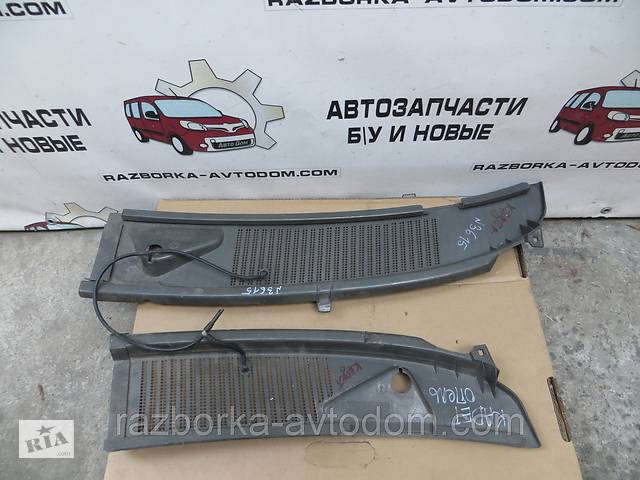 бу Пластик под лобовое стекло Opel Kadett (1984-1991) OE:90186841 в Кременчуге