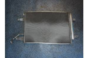 б/у Радиаторы кондиционера Mitsubishi Colt