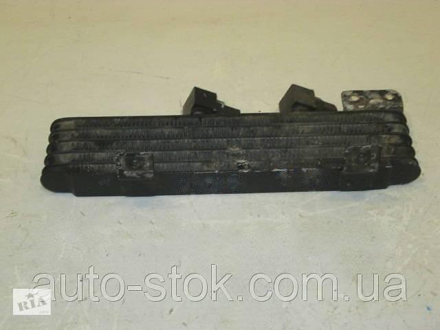 купить бу Радиатор масляный Mitsubishi Pajero Wagon 3, 3.5 GDI, 2004 г.в. MR404903 в Хмельницком