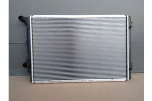 радиатор охлаждения двигателя / радиатор основной / радиатор воды / радіатор основний Volkswagen Audi Skoda Seat VW