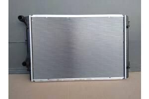 Радиатор воды основной радиатор охлаждения двигателя для радіатор VW Passat CC 2011 - 2017 год  1.8 TSI - 118 kW - BZB